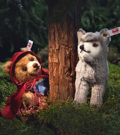 シュタイフ 小さな赤ずきんちゃんと狼